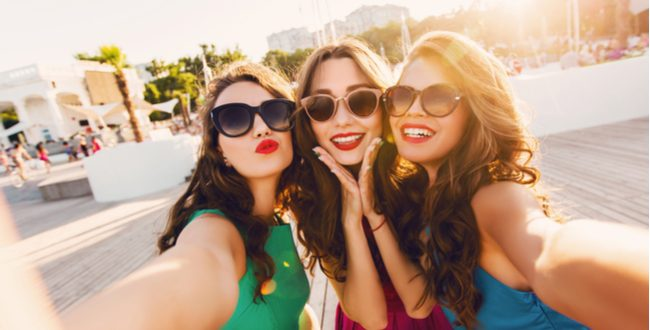 Woman takes the most expensive selfie ever!