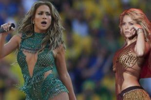J-Lo and Shakira performing