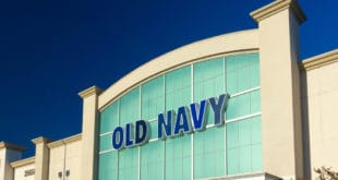 Old Navy store front signage