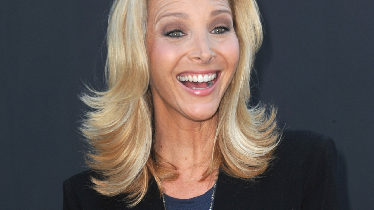 Lisa Kudrow at the CBS 2013 Summer Stars Party in Beverly Hills.