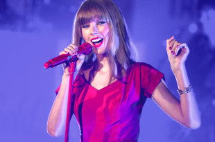Taylor Swift performs and turns on the Christmas Lights at Westfield Shepherd's Bush, London. 06/11/2012